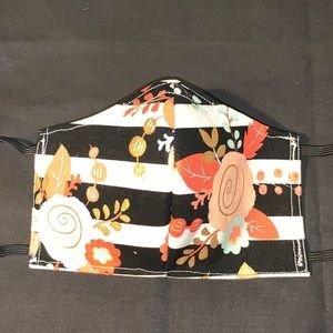 Accessories - Flowers and stripes print face mask